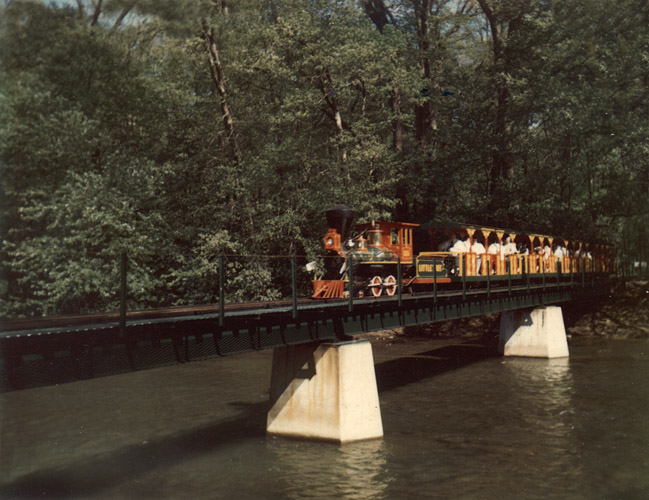 Loyalhanna Limited, crossing  the bridge into the station at Idlewild Park